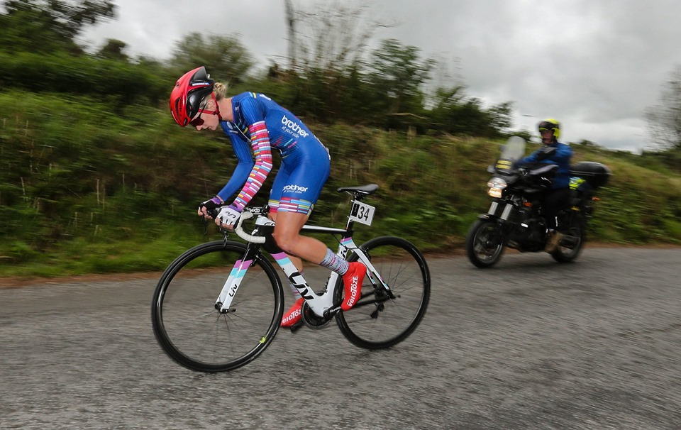 Claire Steels been lurking all week and takes lead from Josie Knight with a convincing TT win (Stage 4 Ras na mBan,7th September)