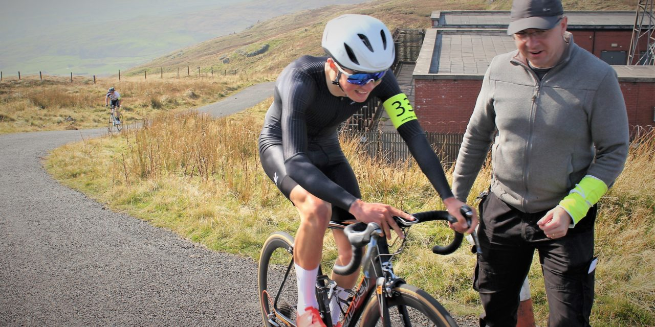 Cian May wins the battle of Dree Hill, Julie Rea does the same as the fastest woman in a furious headwind at the Slieve Croob (Finnis Dromara) while Gareth McKee and Martina Hawkins shine in the MTB approach (Sat 21st September)
