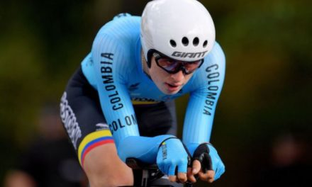You would cry for less! G.Dario Gomez (Junior Colombia) bewildered left behind on the road at the world champs in Yorkshire