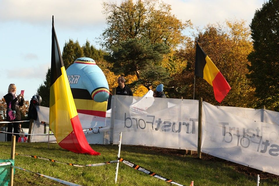 "Flags in Belfast…Belgian tricolours for a change…The ""CX of the Fallen Leaves"" took place! (Sunday 20th October Falls Park)"
