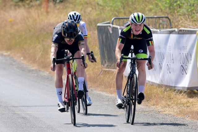 The Foyle GP was held in Donegal yesterday (Killea-Sun 25th July) with Christopher Mc Glinchey (Spectra Wiggle – Vitus) as best of a 5-man breakaway!! Youth races are included in this report…
